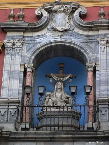 Plaza-del-Obispo-Palacio-Episcopal-detalle