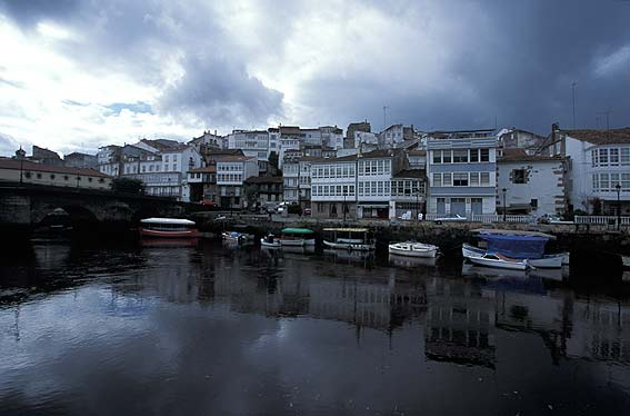 Betanzos Spain  city photos gallery : Por Jose Manuel Breval Sigue leyendo