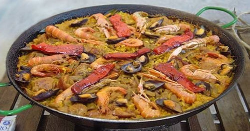 Paella Valenciana, typical spanish