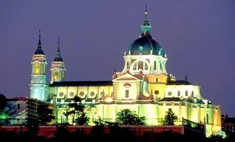 Madrid, la Catedral de la Almudena