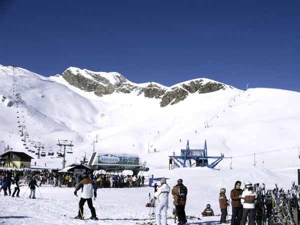 Astun y Candanchu, el invierno de los Pirineos