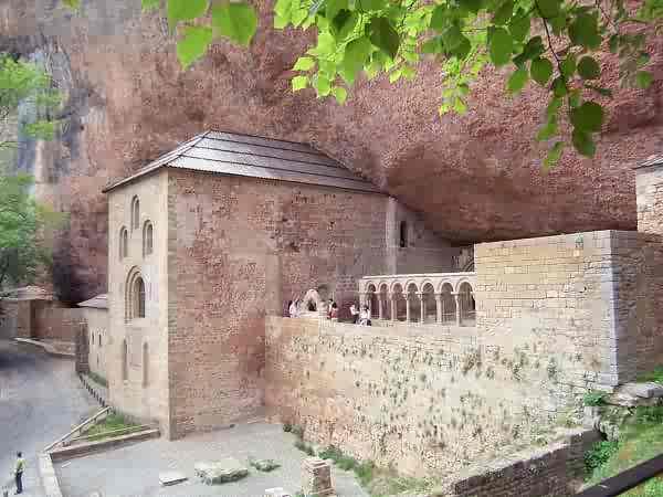Monasterio de San Juan de la Peña en Huesca