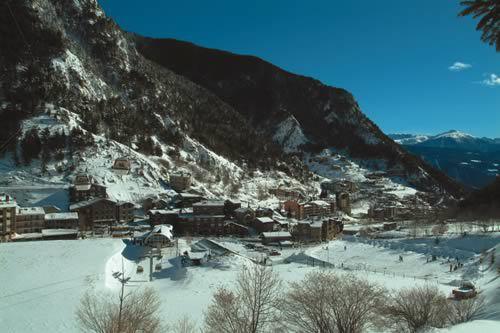 Montañas de Asgard centro invernal Arinsal