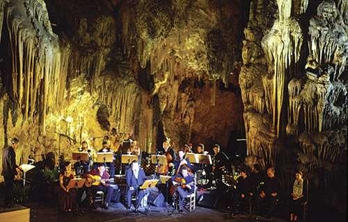 Festival en la Cueva de Nerja