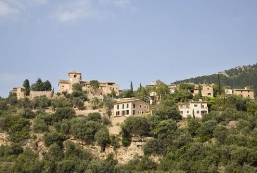 Deià, pequeño y típico pueblo de Mallorca