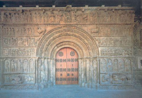 Portada del Monasterio de Santa Maria de Ripoll