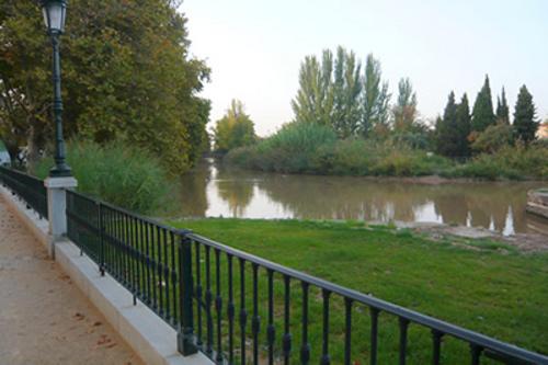 Ocio en el paso del Ebro por Zaragoza