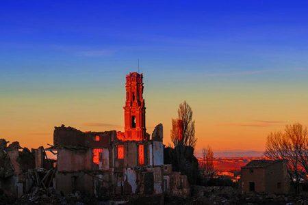 Pueblo Viejo de Belchite, restos de una guerra