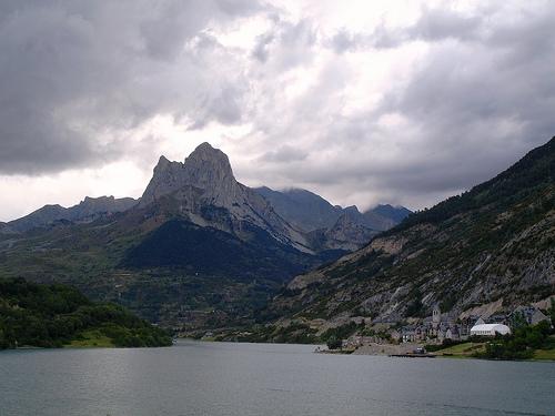 El Alto Gállego en los Pirineos aragoneses