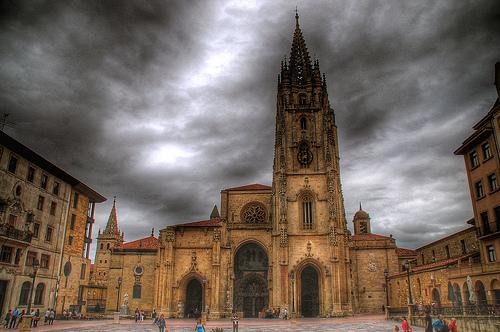 Un paseo por el centro histórico de Oviedo