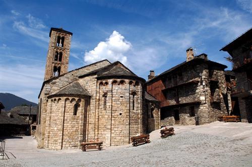 Rutas turísticas para conocer Cataluña