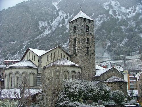 Andorra la Vella, un tesoro de esquí y piedra