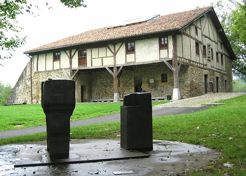 El Museo Chillida Leku en San Sebastián