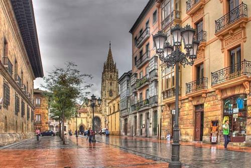 La ciudad medieval de Oviedo