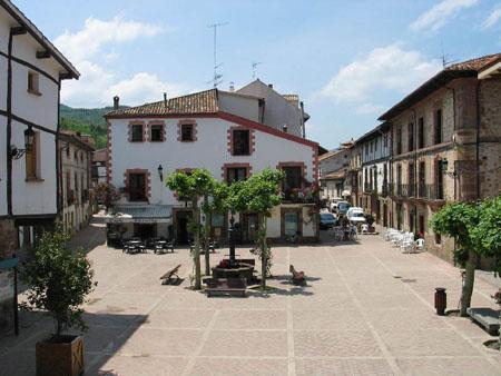 Ezcaray, parada y fonda en Sierra de la Demanda