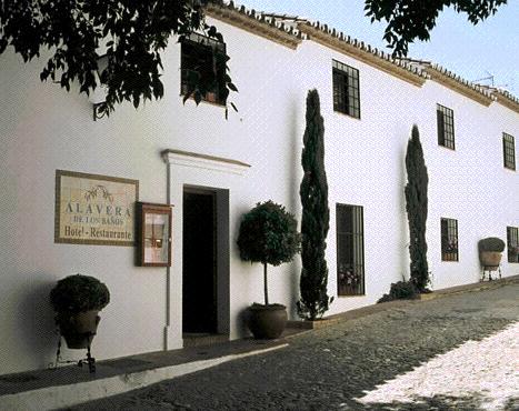 hotele Alavera de los baños en Ronda