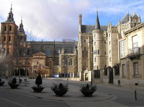 Astorga, parada y fonda en León