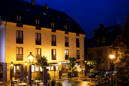Hotel Ribaeta