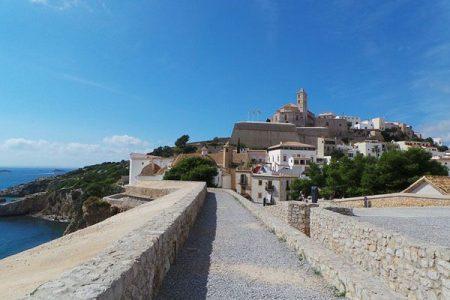 El encanto de Dalt Vila en Ibiza