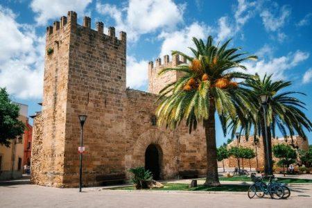 La ciudad medieval de Alcudia en Mallorca