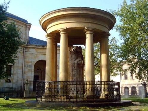 Gernika-Lumo, símbolo del País Vasco y de paz