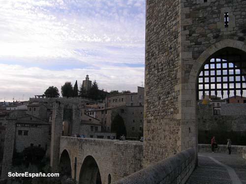 Detalle del puente de Besalu