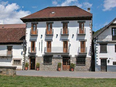 Hostal Auñamendi