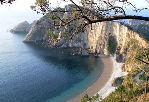 Playa del Silencio en Cudillero, Asturias