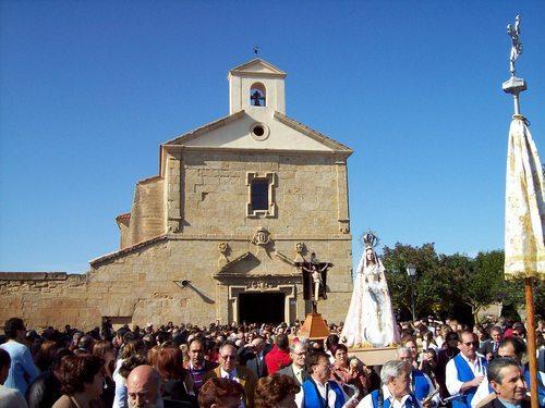Fiesta y Romería del Santo Cristo en Arabayona de Mógica