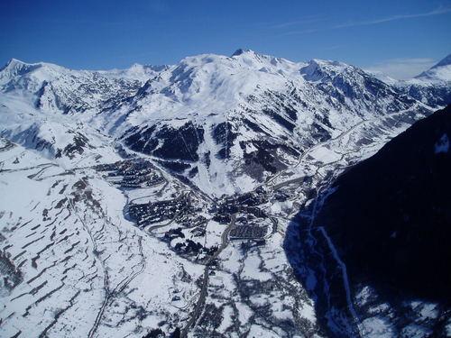 Disfrutar del Pirineo Catalán esquiando en Baqueira Beret