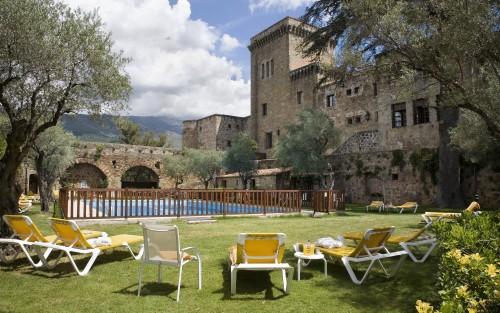 Hotel Parador Carlos V. Jaradilla de la Vera (Caceres)