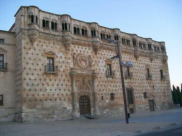 Visita guiada Guadalajara - Palacio Infantado