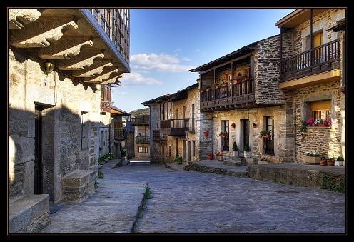 Puebla de Sanabria, bello mirador de piedra y pizarra