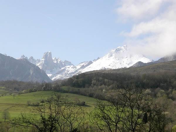 Naranjo de Bulnes en Asturias