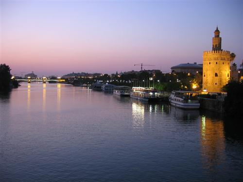 El Guadalquivir a su paso por Sevilla