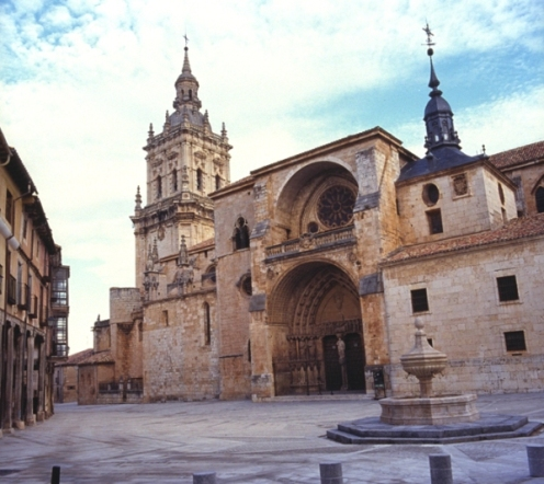 El Burgo de Osma, atraido por su Catedral
