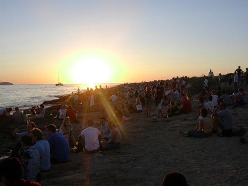 Las solemnes puestas de sol en Ibiza