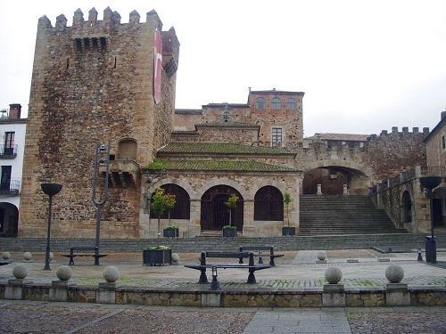 Por los pueblos y ciudades de Extremadura