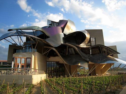 Visita a las Bodegas Marqués de Riscal, la ciudad del vino