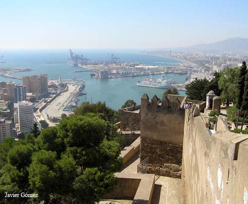 Puerto de Malaga desde la Alcazaba
