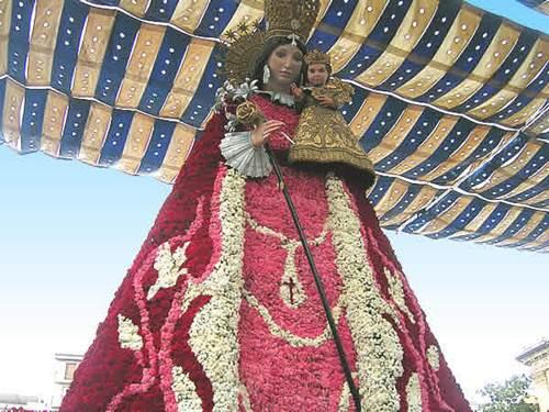 ofrenda a la Virgen en Valencia