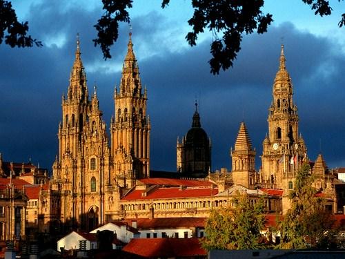 Por los pueblos y ciudades de Galicia