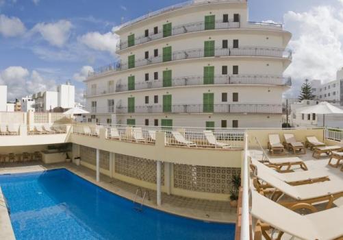 Los hoteles mejor recomendados en Ibiza
