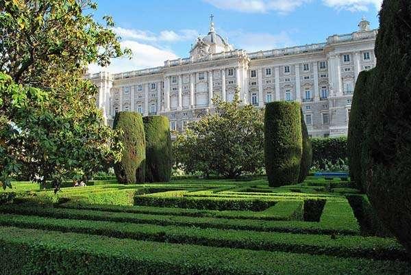 Los Jardines de Sabatini en la Plaza de Oriente