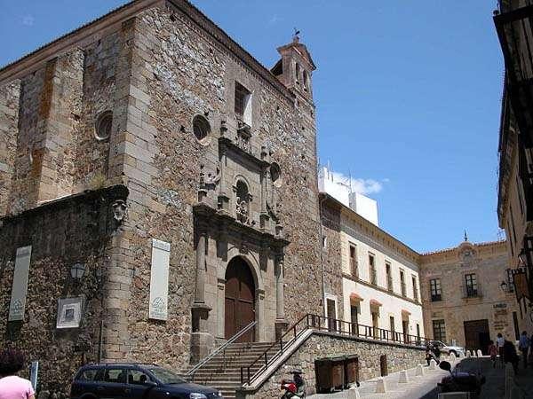 Plasencia iglesia de Santa Ana