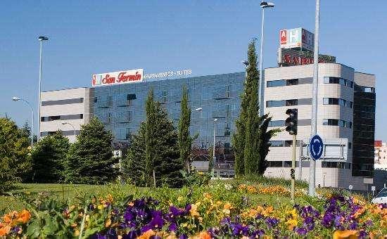 Hotel AH San Fermín Suites, confortable hotel en Pamplona