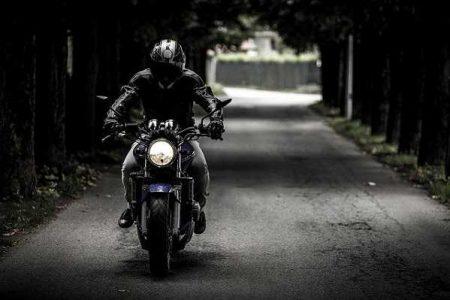 Tres grandes rutas en moto por España